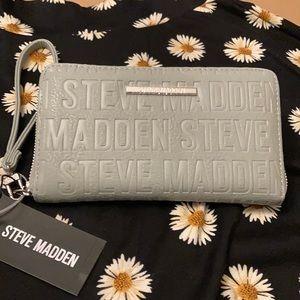 NWT Steve Madden ZIP Wallet